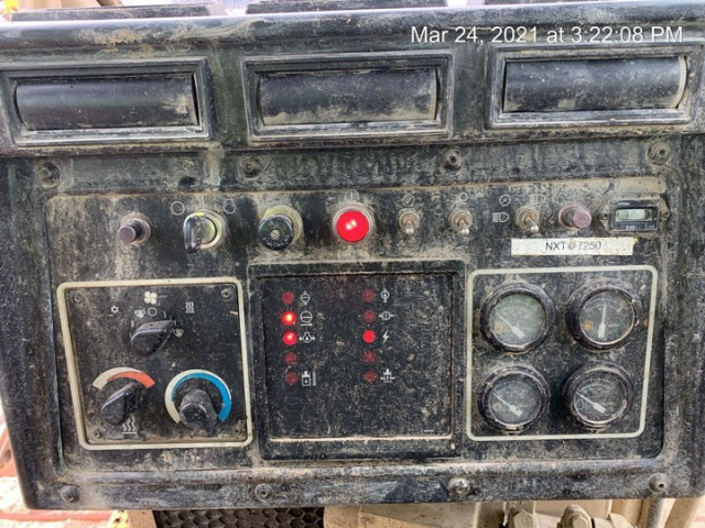 1996 Caterpillar D8R For Sale in Houston, Texas, USA