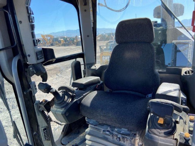2012 Caterpillar 140M2 For Sale in Houston, Texas, USA