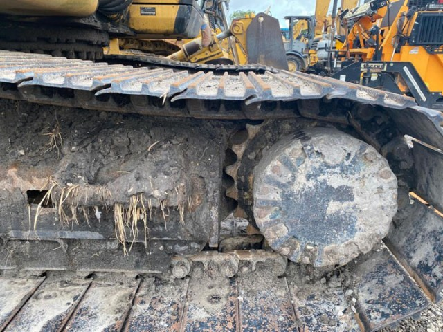 2004 Caterpillar 320CL For Sale in Floral City, Florida, USA