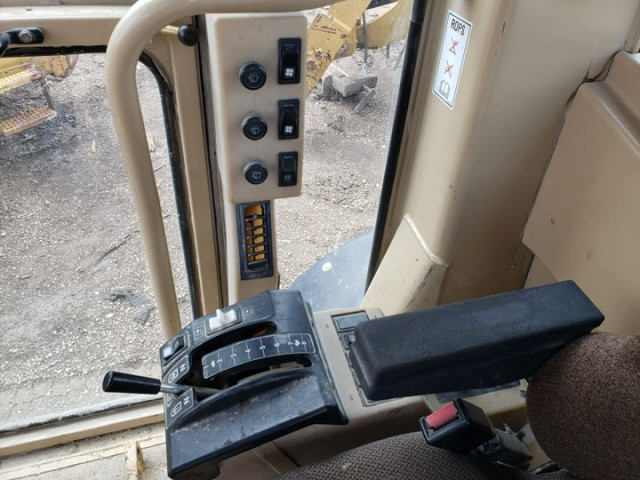 2004 Caterpillar 140H For Sale in Houston, Texas, USA